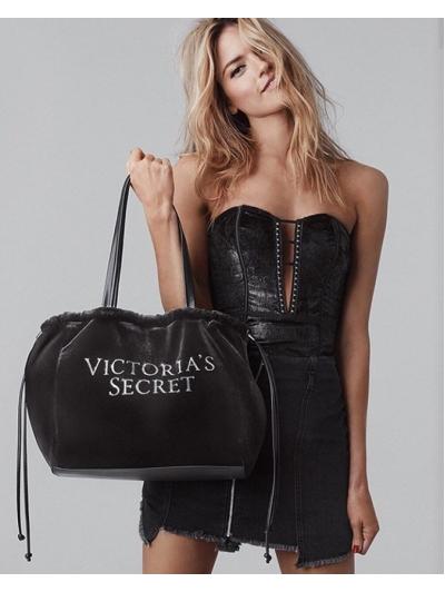 Бархатная сумочка Victoria's Secret Velvet Logo Tote