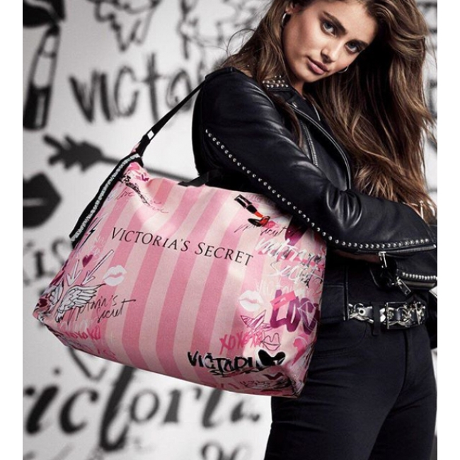 Сумка Victoria's Secret Graffiti Weekender Tote Bag