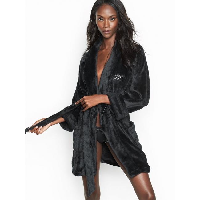 Халат Victoria's Secret Cozy Plush Short Robe