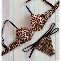 Комплект Victoria's Secret PINK Wear Everywhere  Push-Up Bra & Lace Thong