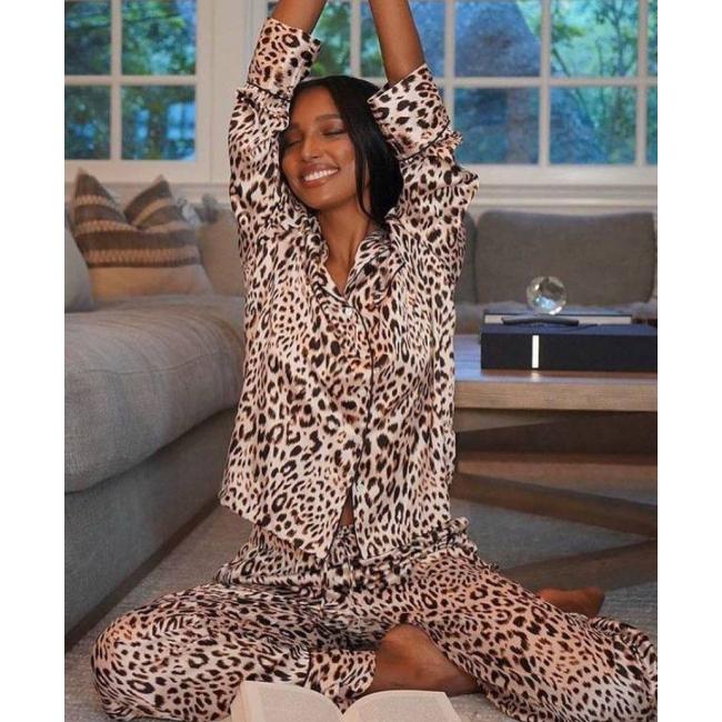 Атласная Пижама Victoria's Secret Long PJ Set, Brown Leopard